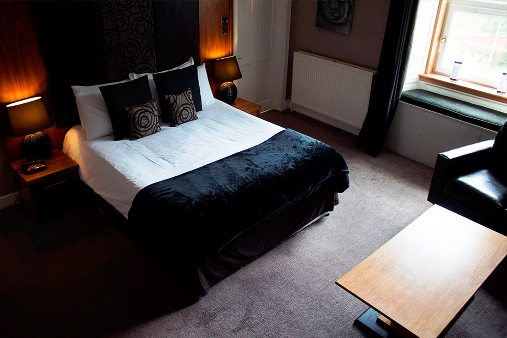 Hotel accommodation in Lennoxtown, near Glasgow